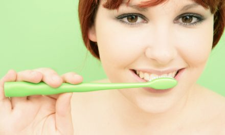How Ayurvedic Dentistry Helps in Subsiding Toothaches and Dental Issues