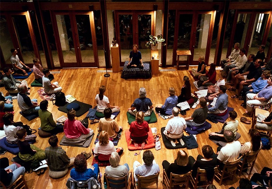 Harvard neuroscientist: Meditation not only reduces stress, here's how it changes your brain