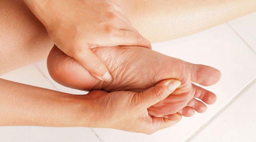 Natural Herbal Remedies for Burning Feet