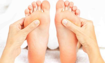 Health Benefits of Foot Massage and Reflexology