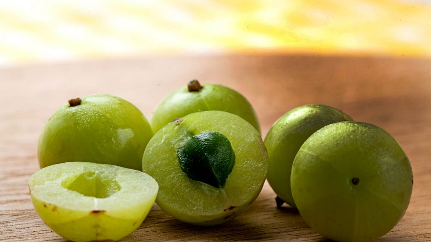 Indian Gooseberry: The Ayurvedic Medicine for Longevity